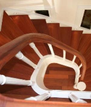 Hardhouten trappen